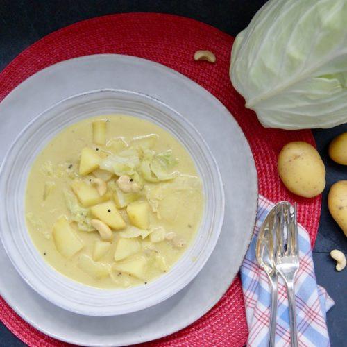 Curry de pommes de terre au chou vert