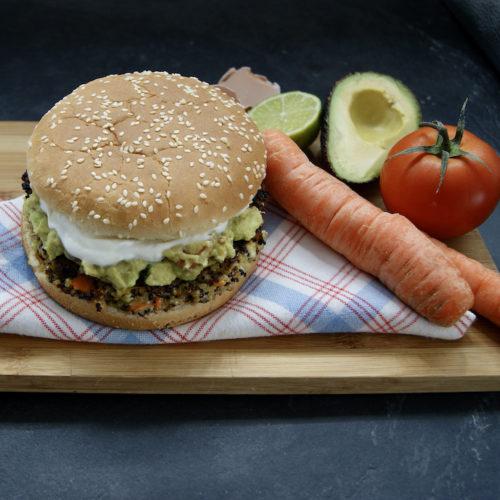 Burger au quinoa et guacamole