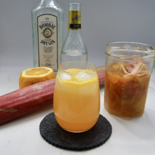 Cocktail Gin rhubarbe