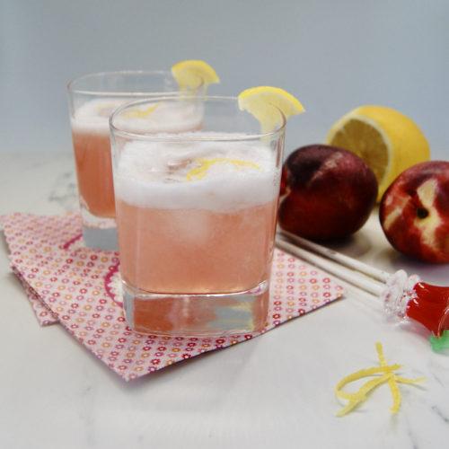 Cocktail de Gin parfumé à la nectarine