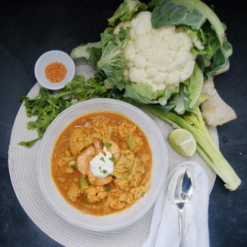 Soupe-repas aux lentilles, chou-fleur et crevettes